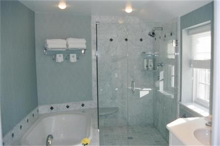 Bathroom Remodeling Contractor Charlotte NC